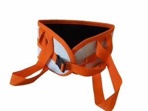 Utensílio de ajuda diária de cores branca e laranja