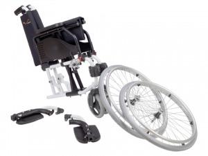 Cadeira de rodas Latina de alumínio desmontada