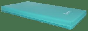 Plano geral sobre um colchão de cores azuis